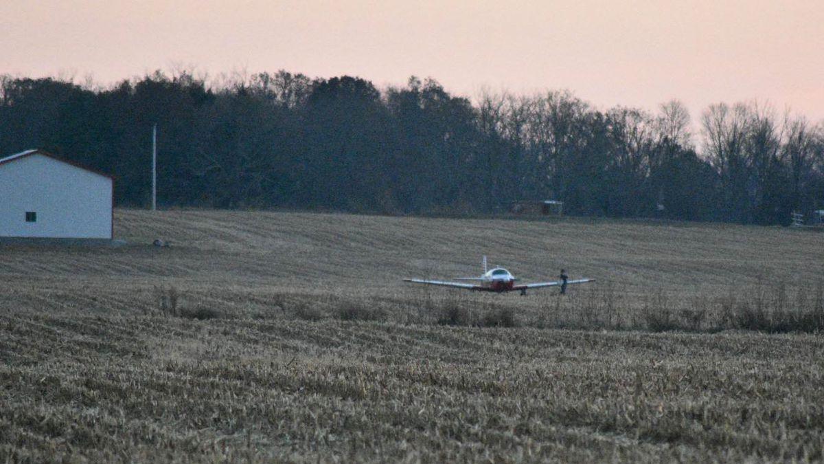 Plane lands in field near Springfield-Beckley airport; OSP on scene
