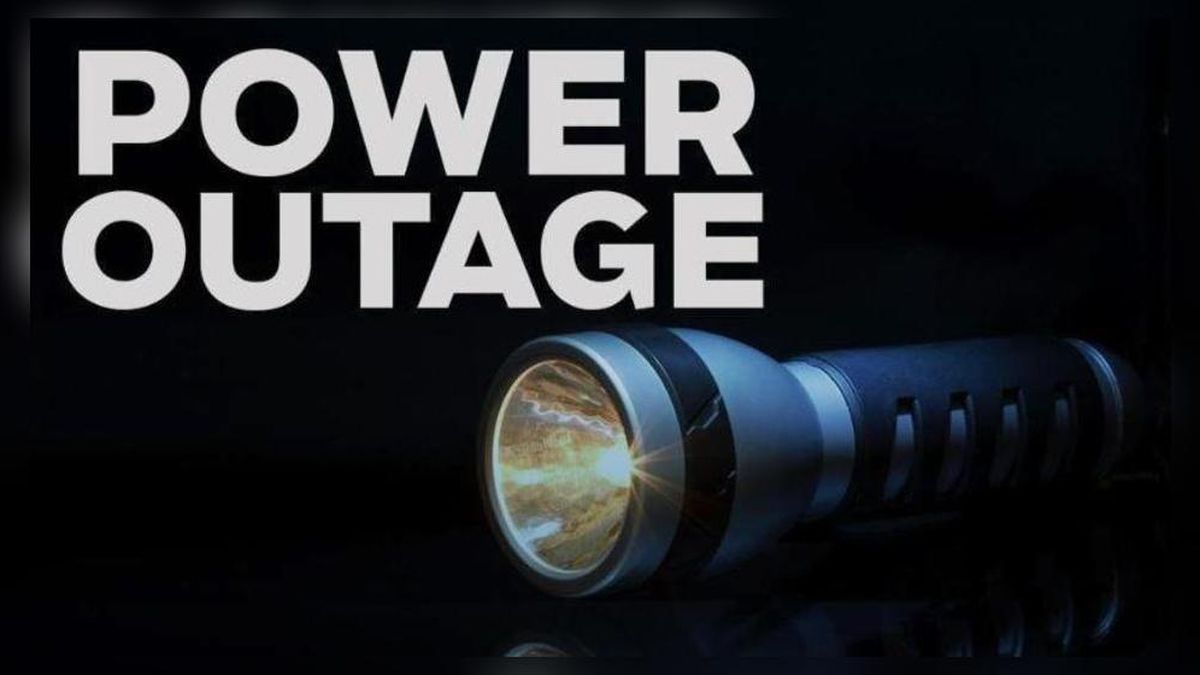 Power restored after car strikes utility pole in Xenia