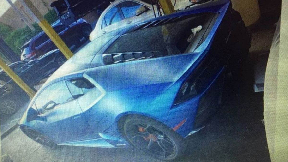 Feds charge second man with spending COVID relief on Lamborghini