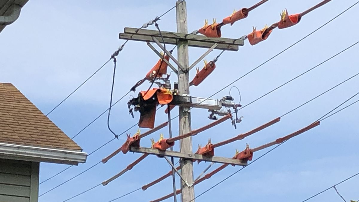 2 DP&L contractors injured in electric shock incident in Troy