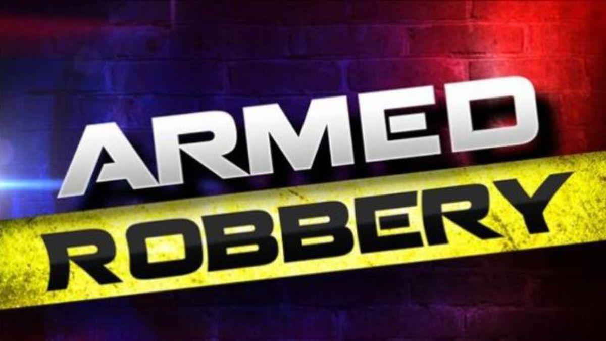 2 teens with guns jump counter, rob Sunoco in Dayton