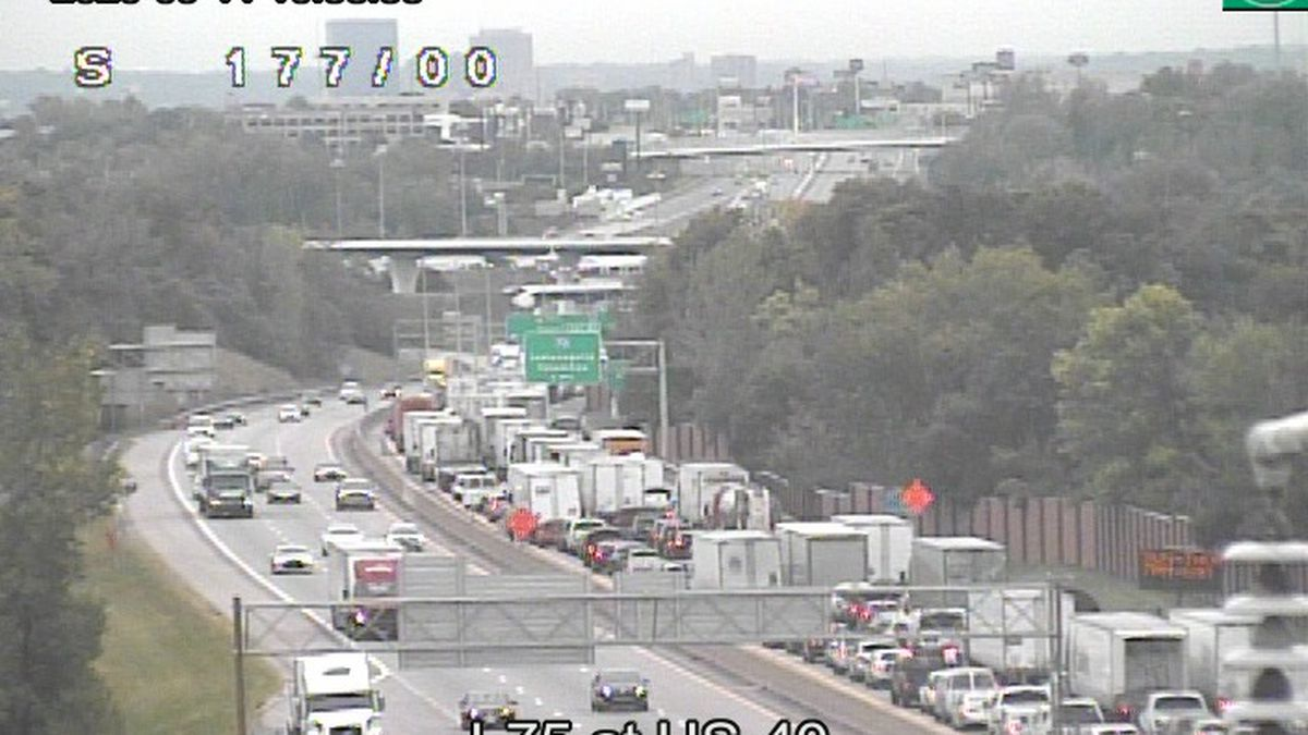 SB I-75 reopens in Vandalia after earlier multi-vehicle crash