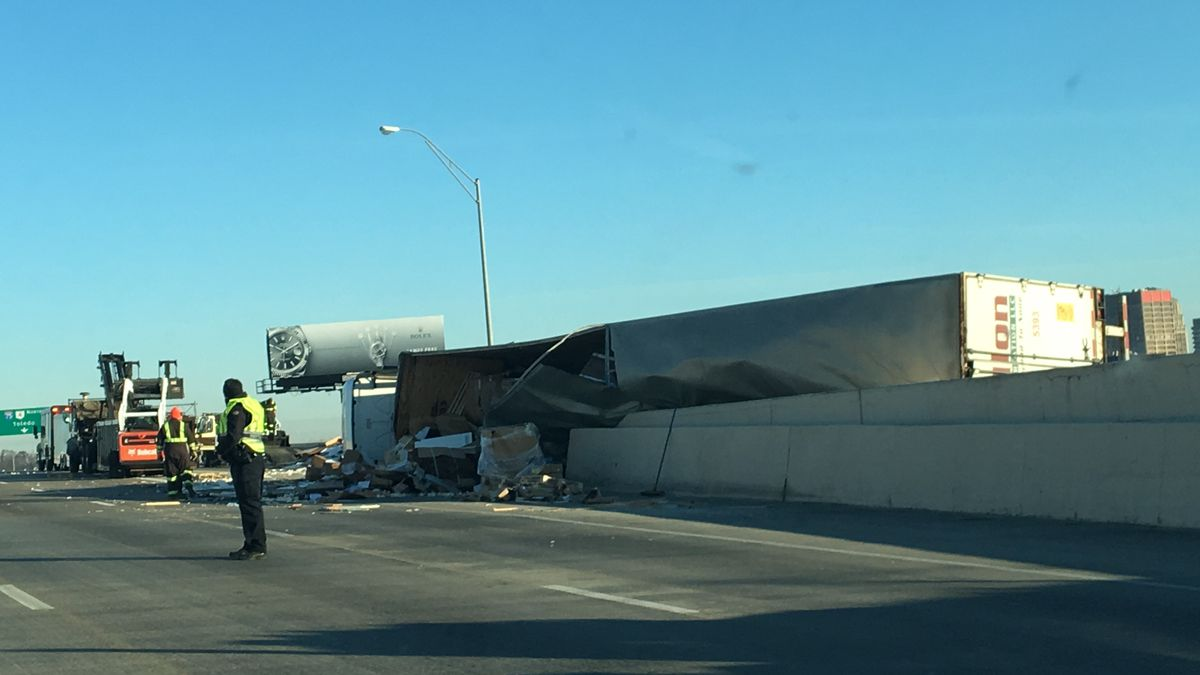US 35 ramps to I-75 re-open after semitrailer tips over