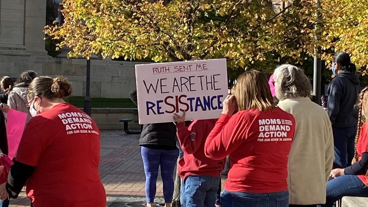 March held in downtown Dayton Saturday in support of women's rights