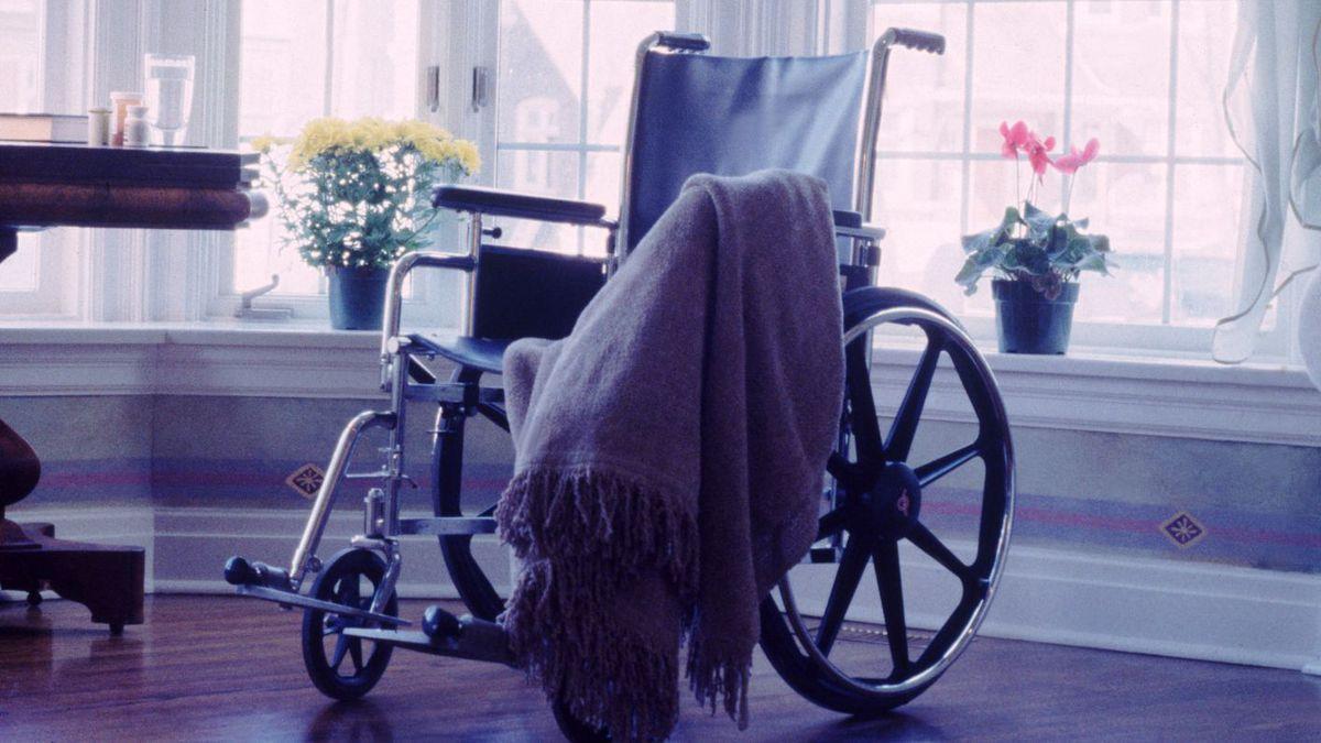 Coronavirus: Most nursing homes had infection control deficiencies before pandemic, report says