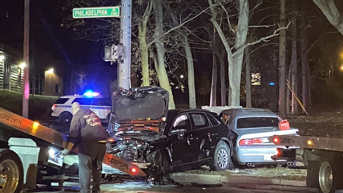 24-year-old believed to be seriously hurt in early morning Dayton crash