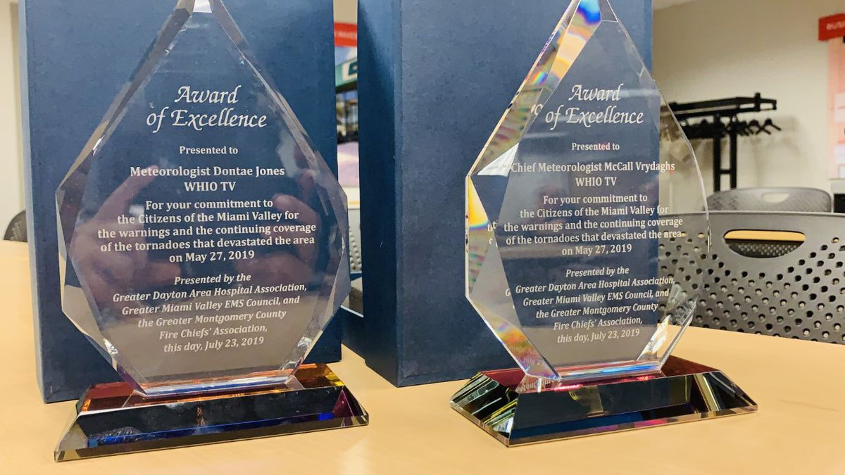 Whio Tv Meteorologists Awarded For Work During Night Of Memorial