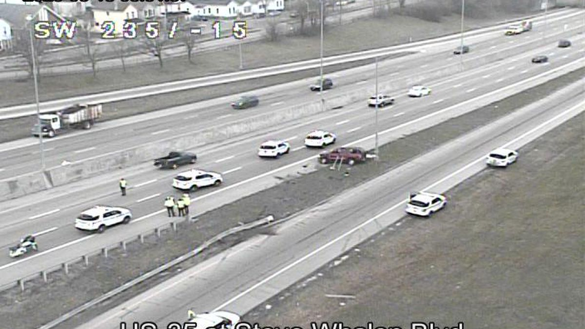 UPDATE: Lanes reopen after rollover crash on WB U.S. 35 in Dayton