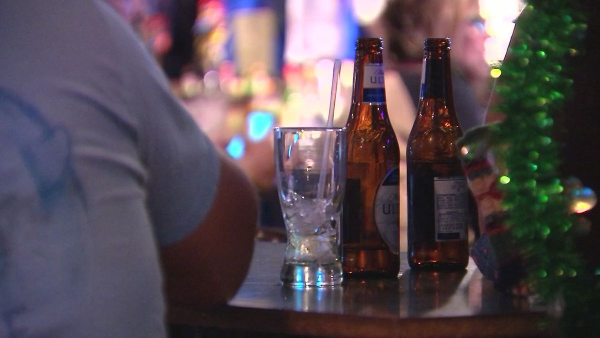 Fairborn bar cited for after-hour alcohol sales, violating state health order