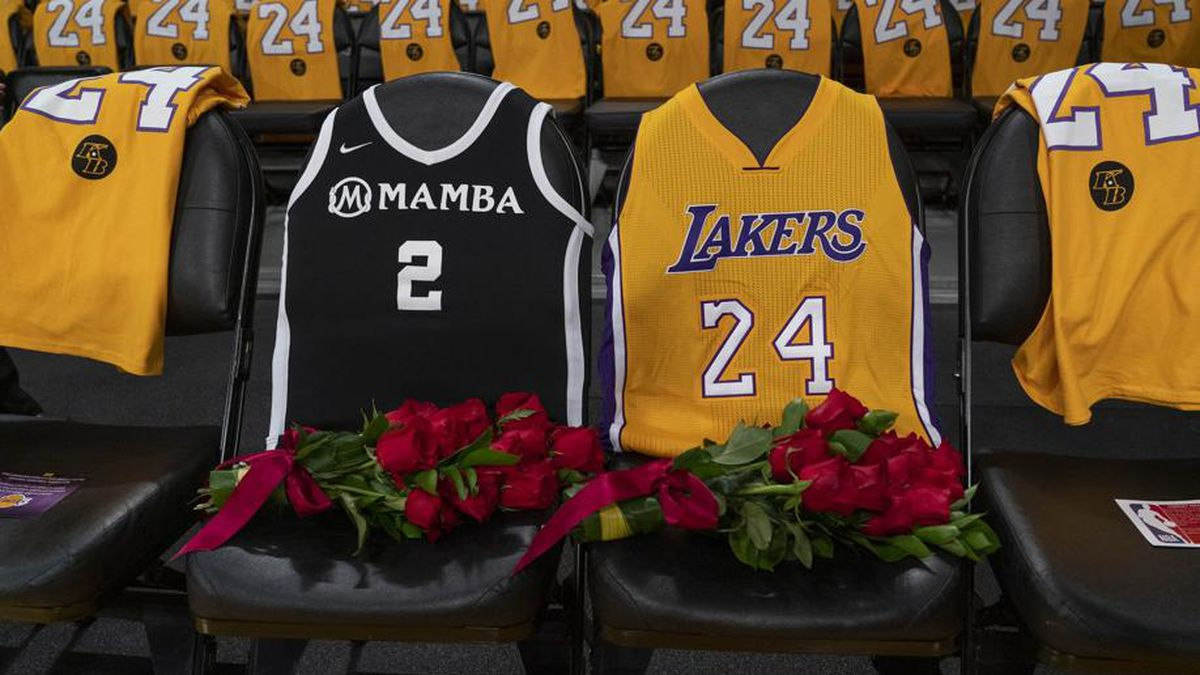 Public memorial held for Kobe Bryant, Gianna Bryant, 7 other victims