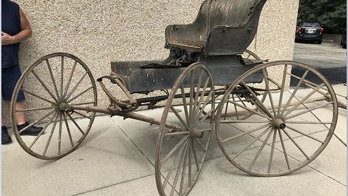 Horse drawn buggy built more than 100 years ago returns to its 'home' in Miami County