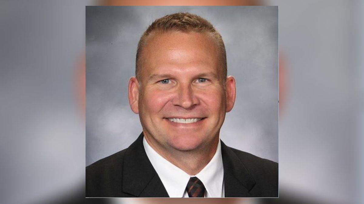 Ankeney Middle School principal named new Beavercreek High principal