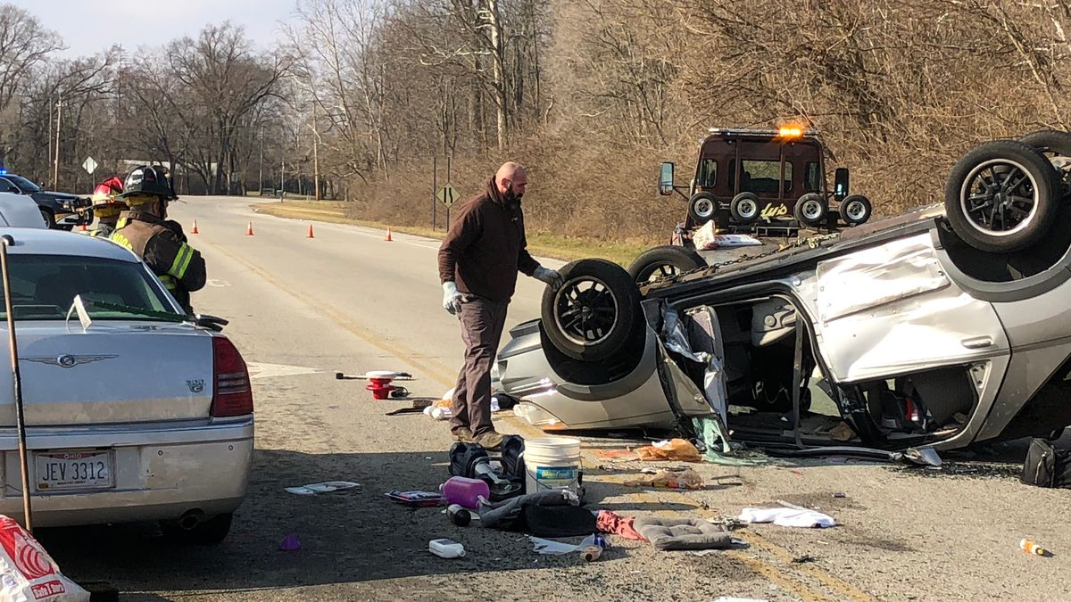 Injuries reported in crash on SR 49 near Wolf Creek Pike
