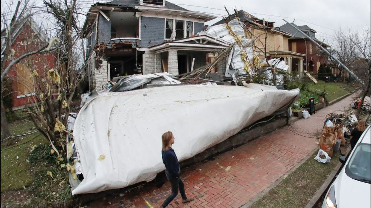 Tennessee tornadoes: NWS confirms 2 twisters, one with path more than 50 miles