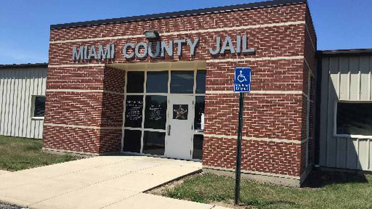 4 Miami County Jail inmates OD on suspected heroin smuggled into facility