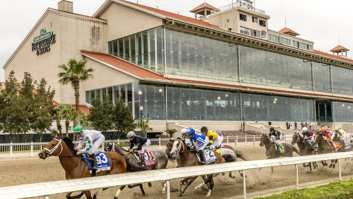 Wells Bayou wins eerie Louisiana Derby at empty track