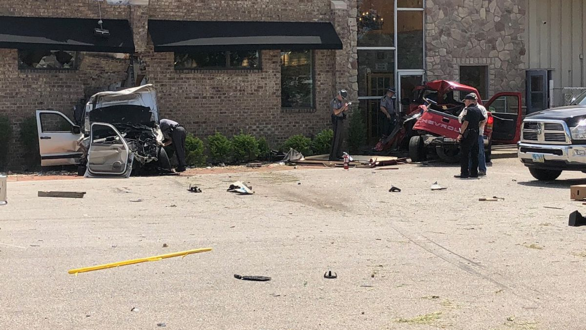 Crash sends 2 vehicles into Middletown business; 2 suffer serious injuries